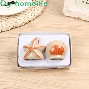 European Cartoon Starfish Ceramic Creative Seasoning Jar Household Kitchen Supplies Salt and Pepper Shaker Pair Gift Box